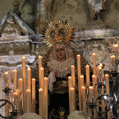 Ntra. Señora de la Soledad (traslado a la parroquia de Santiago) 2014